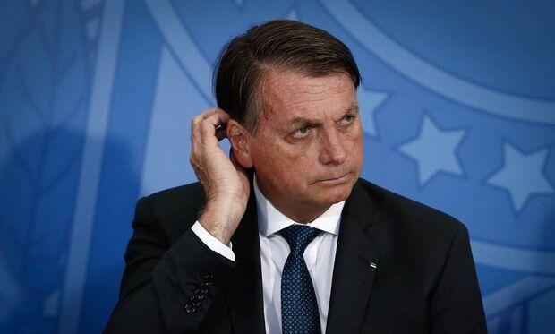 """""""O Brasil está quebrado. Não consigo fazer nada"""", dispara Bolsonaro ao ser questionado sobre IR"""
