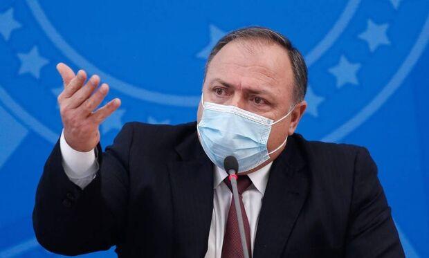 Pazuello diz que vacinação começa em janeiro