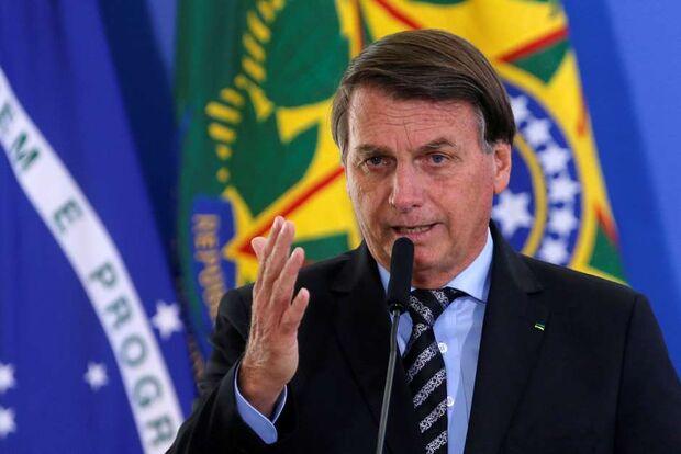 21 dos 61 pedidos de impeachment de Bolsonaro tem a ver com a covid-19