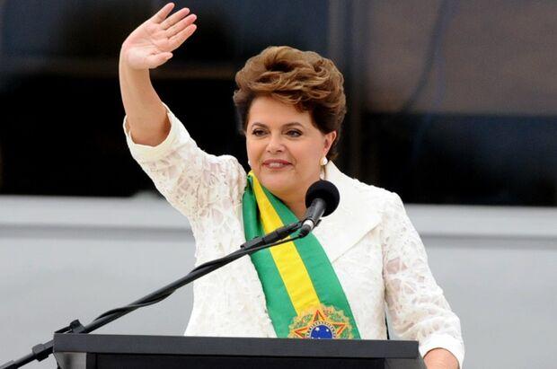 Convidada por Dória a tomar vacina, Dilma diz: 'não vou furar fila'