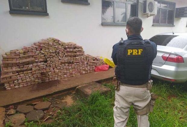Três são presos e 2,5 toneladas de maconha apreendidas em Ponta Porã
