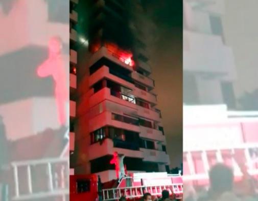 Incêndio destrói apartamento de idosos no Rio; cachorros morrem