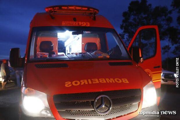 Motorista morre e criança fica presa às ferragens em acidente entre carro e caminhonete