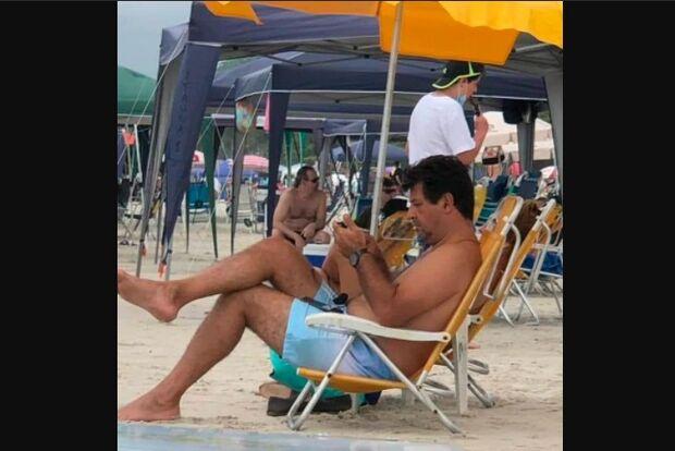 Mandetta chama Bolsonaro de genocida, mas é flagrado em praia e sem máscara