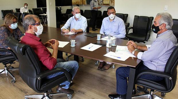 Reinaldo dá aval para construção de centro de pesquisas da Fiocruz em Campo Grande