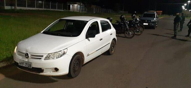Bandidos que faziam arrastão em Gol branco são presos em Campo Grande