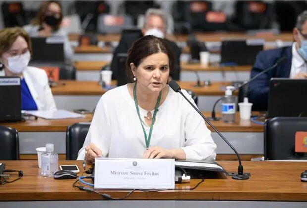 Relatora vota a favor do uso emergencial da Coronavac e vacina de Oxford