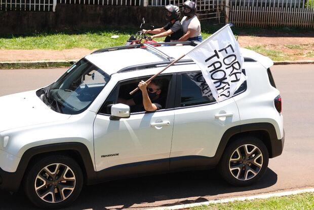 Frente Fora Bolsonaro realiza 5ª carreata em Campo Grande