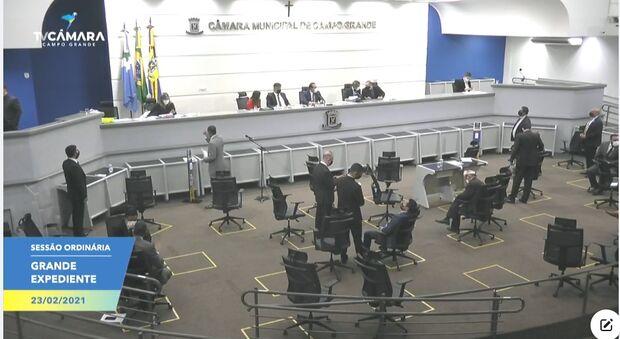Vereadores definem comissões e Otávio Trad assume presidência da CCJ