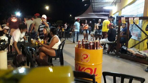 Conveniência insiste em aglomeração e acaba interditada no São Jorge da Lagoa