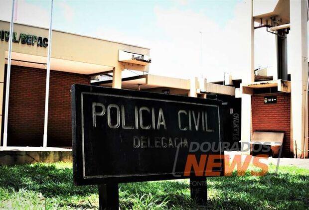 Bandidos se passam por PMs e roubam homem em Dourados