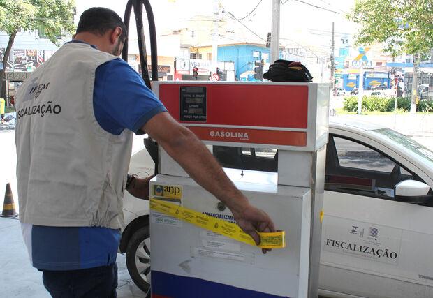 Fique ligado: seguros não cobrem motor danificado por causa de combustível 'batizado'