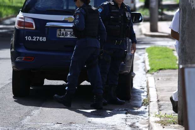 Após um ano de separação, homem tenta invadir casa da ex-mulher no Parque Lageado