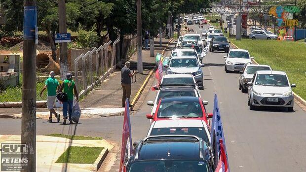 NA LATA: movimento anti-Bolsonaro 'racha' por culpa de Lula