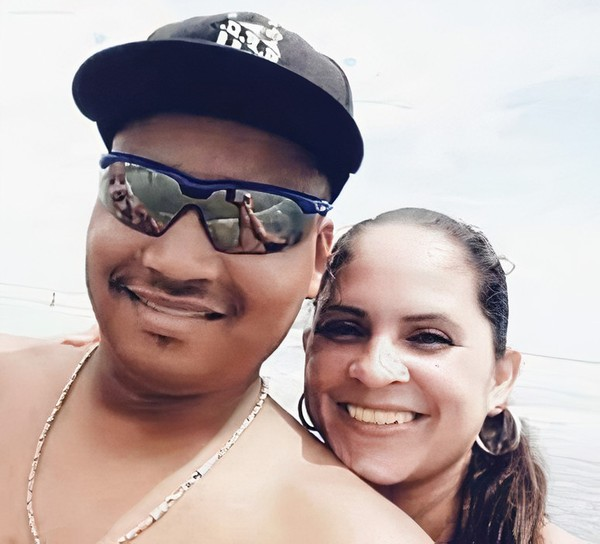 Mulher que não sabia nadar tenta ajudar marido e casal desaparece em rio
