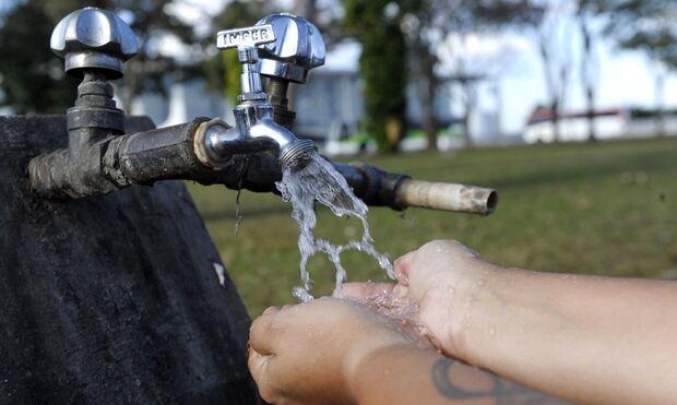 Não é mentira: família recebe conta de água no valor de R$ 52 mil