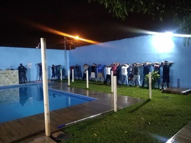 Guarda Metropolitana encerra festa e prende nervosinho que ameaçou agentes em Campo Grande