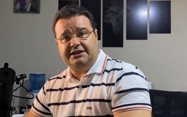 'Sinto nojo', diz Fábio Trad sobre gargalhadas de Bolsonaro em dia com recorde de mortos