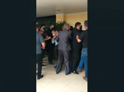 Vídeo: eleição na Assembleia de Deus Missões tem agressões e pastor sofre AVC