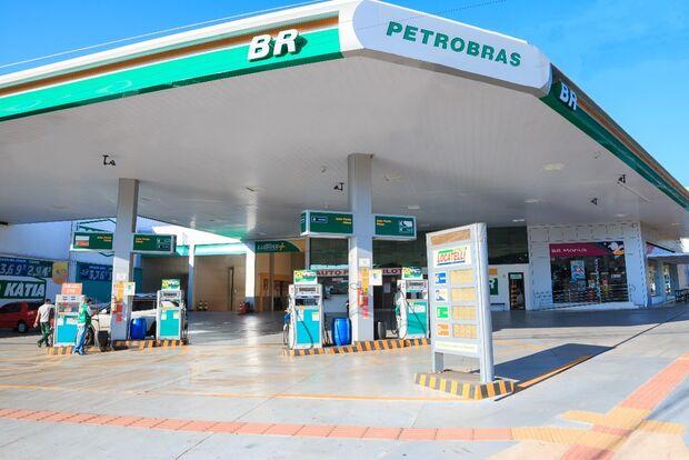Gasolina e gás mais caros já desde hoje
