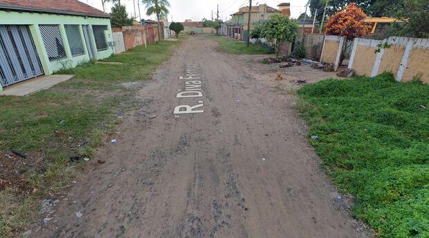 Discussão por causa de som alto termina com ameaça entre vizinhos no Tiradentes
