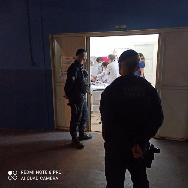 Vídeo: policiais militares salvam bebê de 2 meses engasgada no Nova Lima