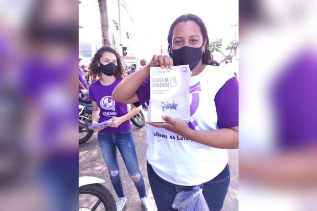 Mulheres pedem retorno do auxílio e pressa pela vacina em Campo Grande