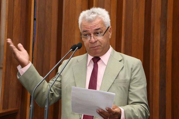 Deputado pede antecipação do 13º salário para os servidores públicos de MS