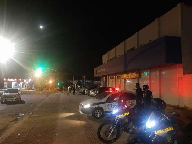 Cozinheiro é preso por furtar cantoneiras de loja na Maracaju