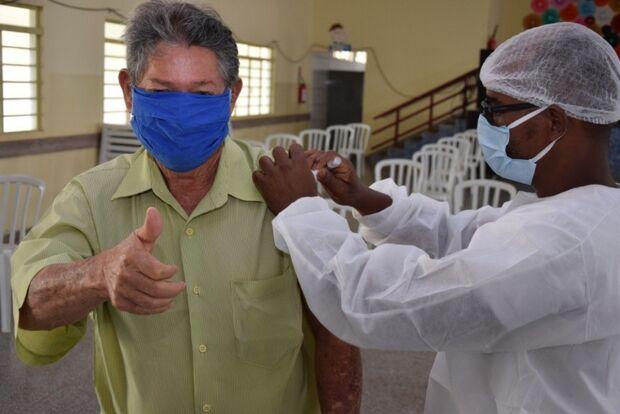 Merecido: Câmara aprova abono de R$ 300 para servidores da Saúde em Costa Rica