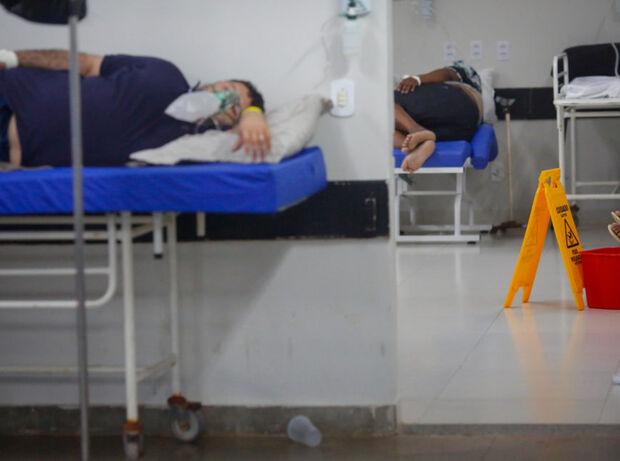 Brasil tem 1,3 mil mortes em 24 horas e se aproxima de 375 mil óbitos