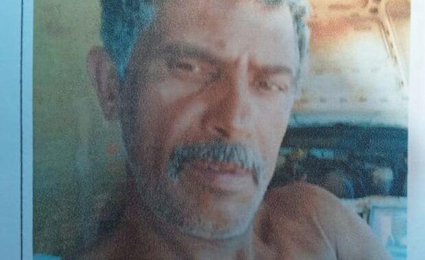 Esposa identifica corpo de homem encontrado enrolado em carpete às margens de rodovia