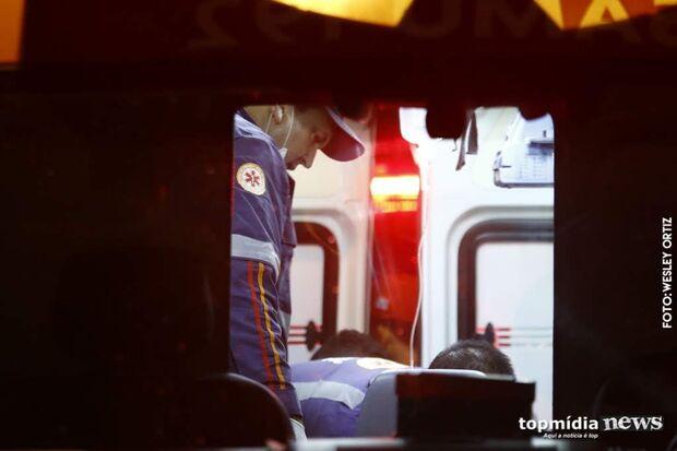 Passageira de moto morre e piloto fica gravemente ferido em acidente na BR-163 em Campo Grande