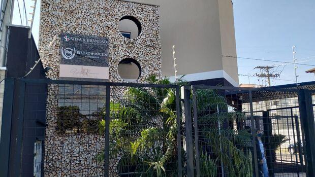 Escritório de advocacia é alvo de operação que investiga 'roubo' de escolas em MS