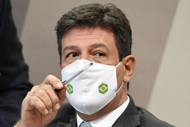 Mandetta fala por mais de 7h no primeiro dia de depoimento da CPI da Covid