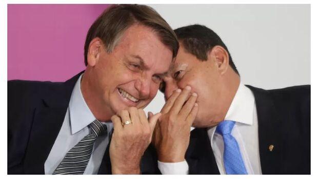 Portaria do Ministério da Economia libera 'aumento' a Bolsonaro e Mourão