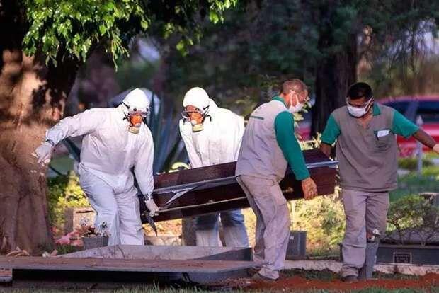 No Brasil, mais 2.656 pessoas morrem de covid-19 e 66.964 se infectam