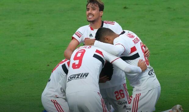 São Paulo vence Palmeiras no Morumbi e é campeão Paulista 2021