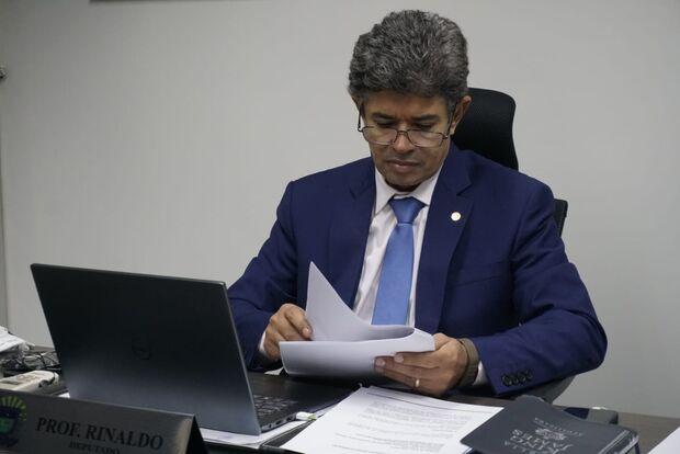 Projeto propondo lei para combater desaparecimento de crianças é criado por deputado