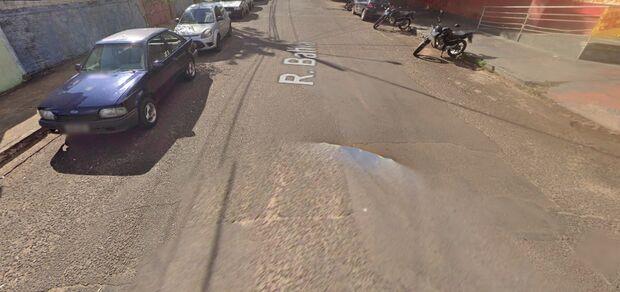 Mulher tem carro roubado em Campo Grande e recebe ligações por dinheiro