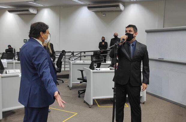 'Porco solto': vereador xinga Tabosa em sessão na Câmara de Campo Grande