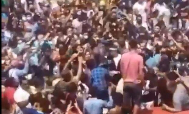 Bolsonaro provoca aglomeração no Maranhão dias após nova cepa da covid