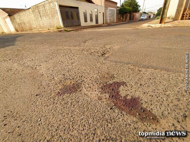 Bandido grita 'perdeu, perdeu' e toma tiro após arrombar casa no Rita Vieira