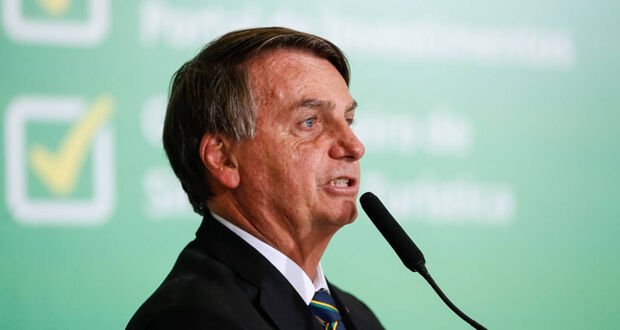 Bolsonaro pede que mercadistas 'segurem' o preço dos alimentos