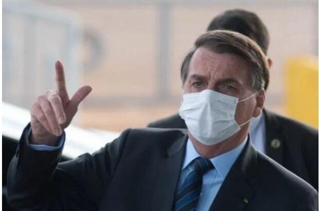 Podendo se vacinar desde abril, Bolsonaro diz: 'dou lugar para quem está apavorado'