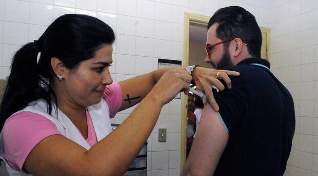 Terceira fase da campanha de vacinação contra influenza começa quarta-feira em MS