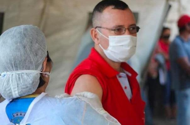 Vacinação de candidato paraguaio em Porto Murtinho 'dá pano pra manga'