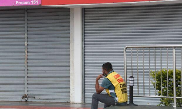 Campo Grande e 41 cidades fecham cerco contra a covid, mas Dourados alivia
