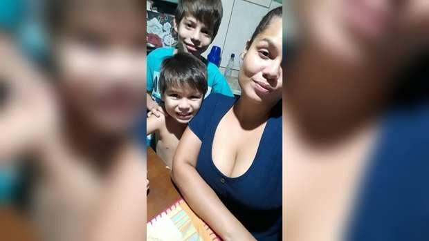 Mãe consegue emprego para sustentar os filhos e agradece apoio em Campo Grande