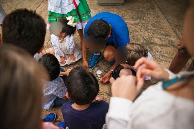 Mães descobrem prisão de educador por abuso de crianças e ele 'some' de Campo Grande